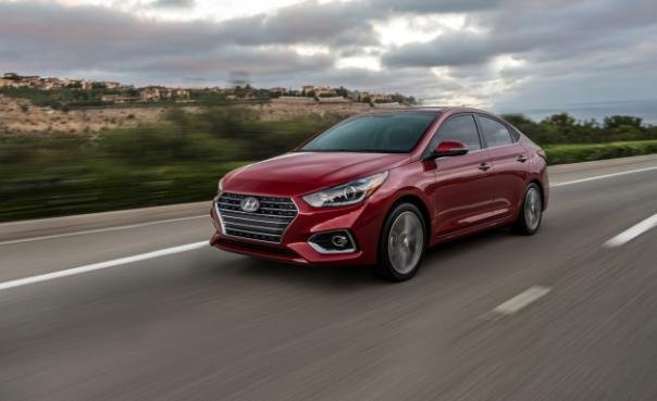 Hyundai Accent 2018 on the road