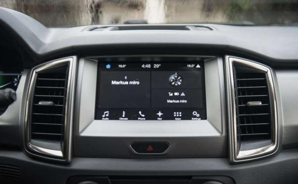 Ford Everest 2018 touchscreen