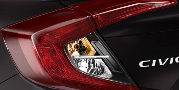 Honda Civic 2018 taillight