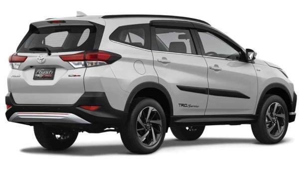 Toyota Rush 2018 angular rear