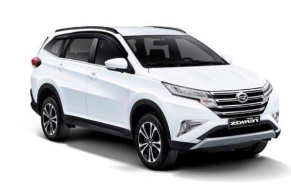 Daihatsu Terios 2018 angular front