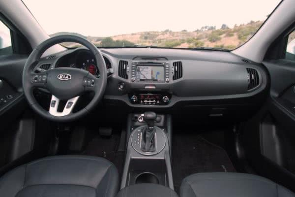 Third-generation Kia Sportage dashboard