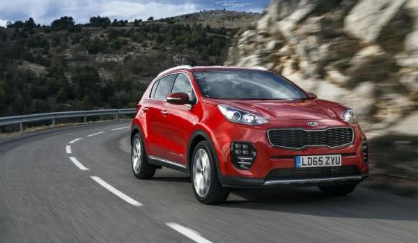 Kia Sportage Philippines on the road