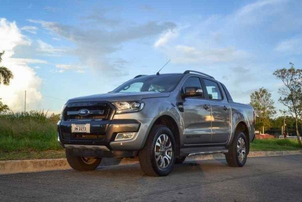 Angular front of a Ford Ranger 2018