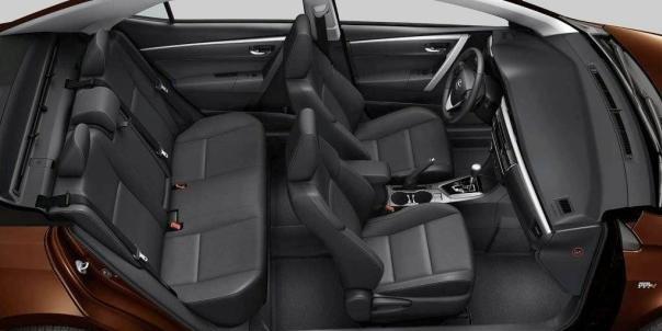 Toyota Altis 2018 seating