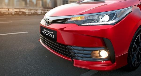 Toyota Altis 2018 angular front