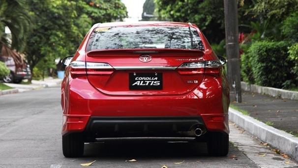Toyota Altis 2018 rear view
