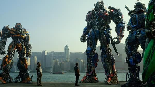 a scene from the Transformers movie