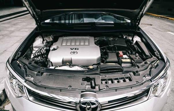 3.5 L V6 engine of the Toyota Camry 2017