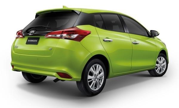 Toyota Yaris 2018 angular rear