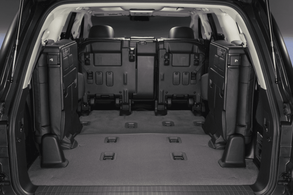 Toyota Land Cruiser 2018 cargo space