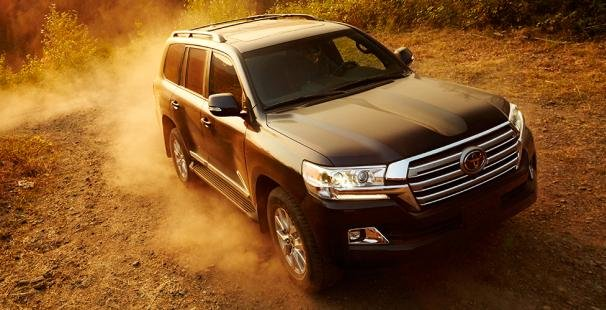 Toyota Land Cruiser 2018 off the road