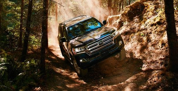 Toyota Land Cruiser 2018 off-roading