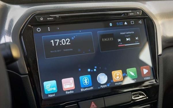 Suzuki Vitara 2018 touchscreen
