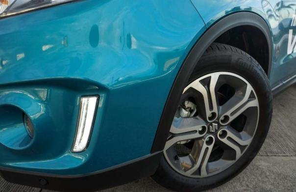 Suzuki Vitara 2018 alloy wheel