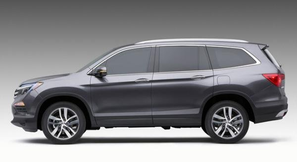 Honda Pilot 2018 side view