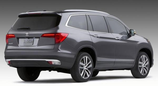 Honda Pilot 2018 angular rear
