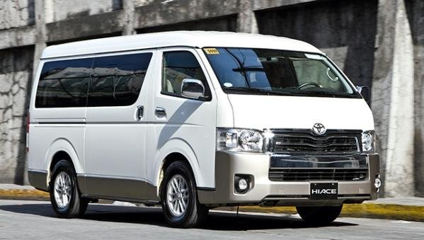 Toyota Hiace 2018 angular front