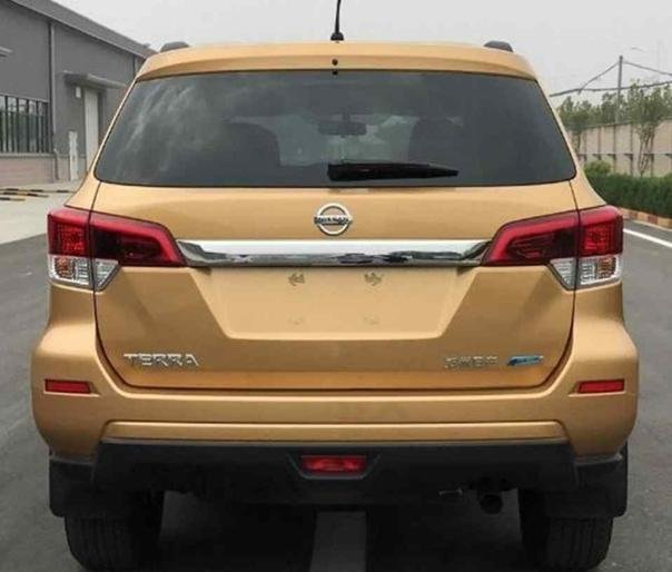 "Nissan ""pickup-based"" SUV - Nissan Terra rear view"