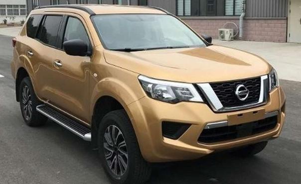 "Nissan ""pickup-based"" SUV - Nissan Terra angular front"