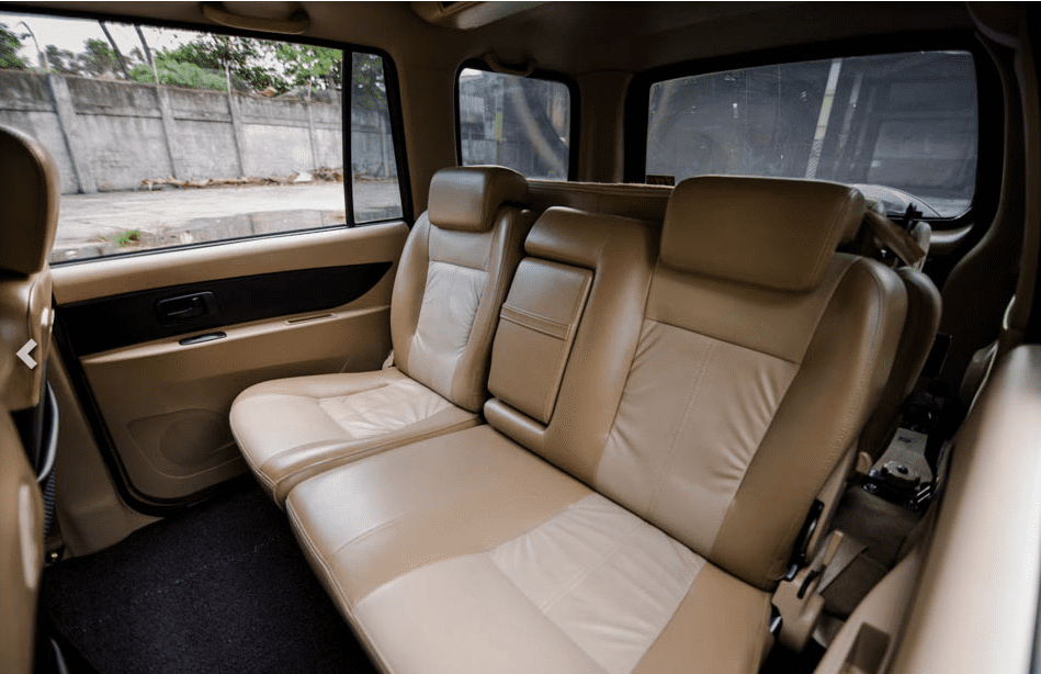 Isuzu Crosswind 2018 seating