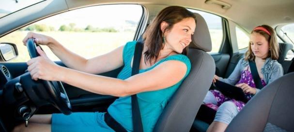 Wearing seat belts in car