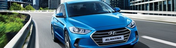 Hyundai Elantra 2018 on the road