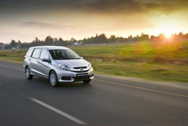 Honda Mobilio on the road