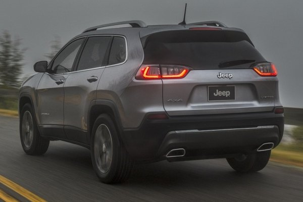 Jeep Cherokee 2019 rear view