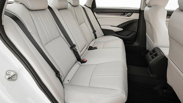 Honda Accord 2018 rear seats