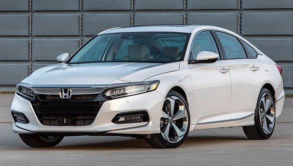 Honda Accord 2018 angular front