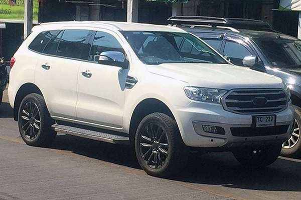 Ford Everest 2019 angular front spy photos
