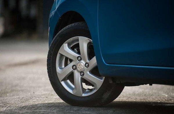 Suzuki Celerio 2018 wheel