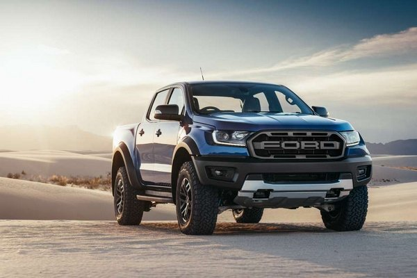Ford Ranger Raptor 2018 angular front