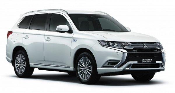 Mitsubishi Outlander PHEV 2019 facelift angular front