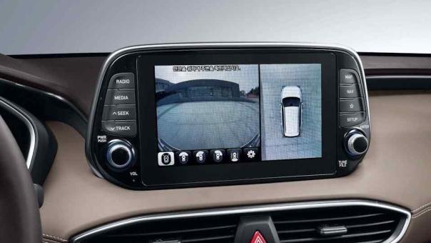 Hyundai Santa Fe 2019 infotainment system