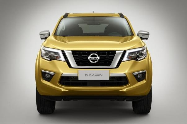 Nissan Terra 2018 teaser image front view