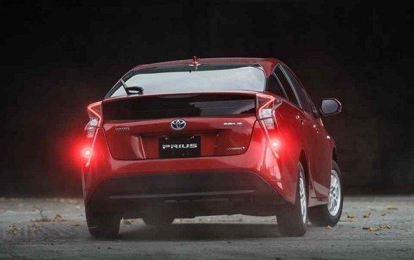 Toyota Prius 2018 hybrid rear view