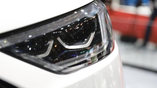 Ford Edge 2019 ST Line at Geneva Motor Show head light