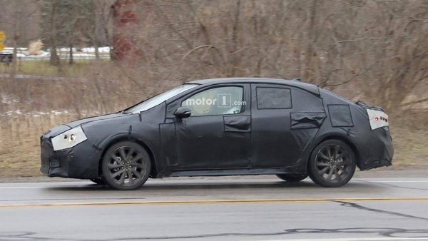 Toyota Corolla 2020 spy shot side view
