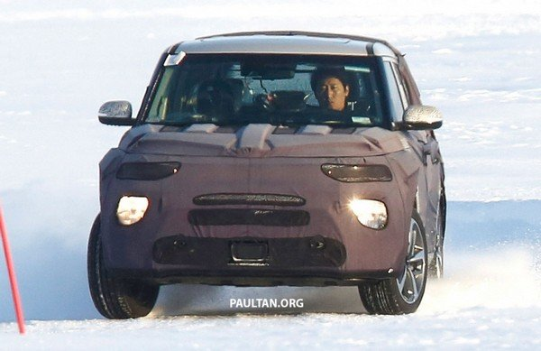 Kia Soul 2019 spy shot front view