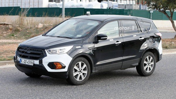 Ford Escape 2020 spy shot angular front