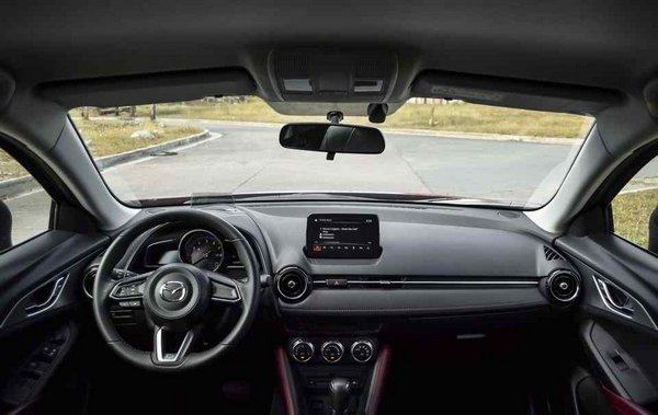 Mazda CX3 2018 interior