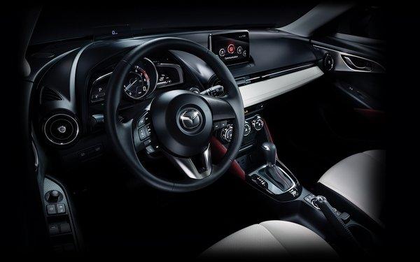 Mazda CX3 2018 dashboard
