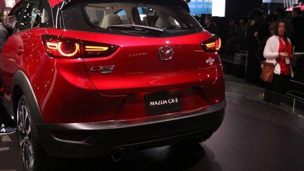 Mazda CX-3 2019 rear view