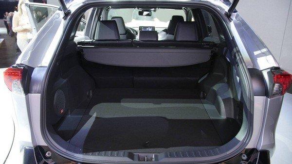 Toyota RAV4 2019 cargo space