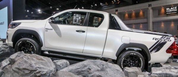 New Top Spec Toyota Hilux Revo Rocco 2018 Arrives In Bangkok