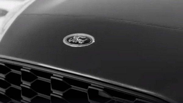 Ford Focus 2019 teaser logo badge