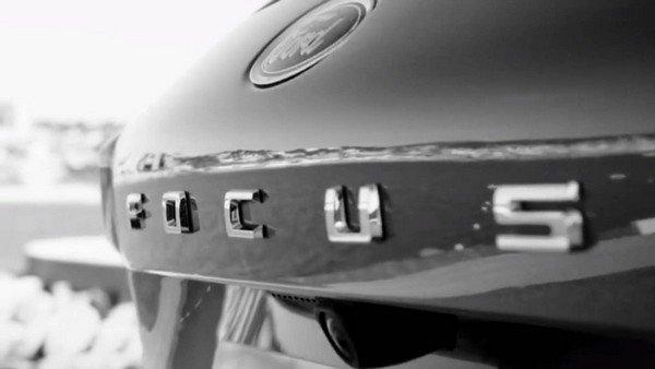 Ford Focus 2019 teaser badge