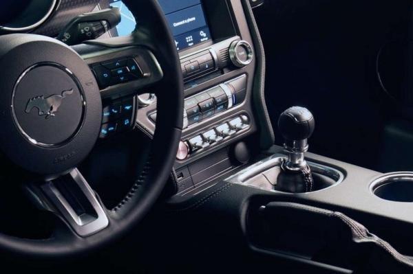 Ford Mustang 2018 manual transmission